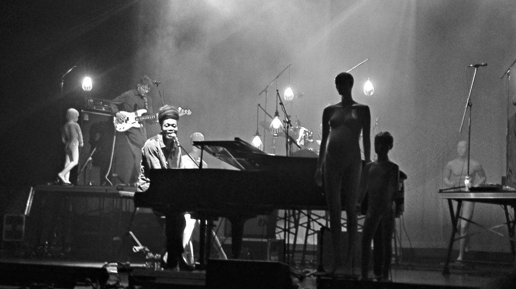 Reportagem do concerto de Benjamin Clementine no Centro de Artes e Espectáculo da Figueira da Foz, 27 de Março de 2018.