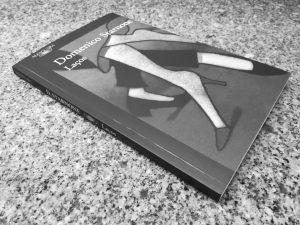 Recensão crítica do livro Laços, escrito pelo multipremiado italiano Domenico Starnone e publicado em Portugal pela Alfaguara em 2018. - INTRO