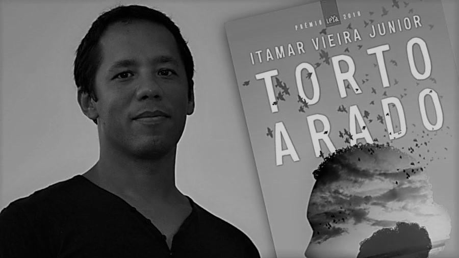 Recensão do livro Torto Arado, da autoria do brasileiro Itamar Vieira Junior, vencedor do Prémio Leya 2018 e editado pela Leya em 2019   INTRO