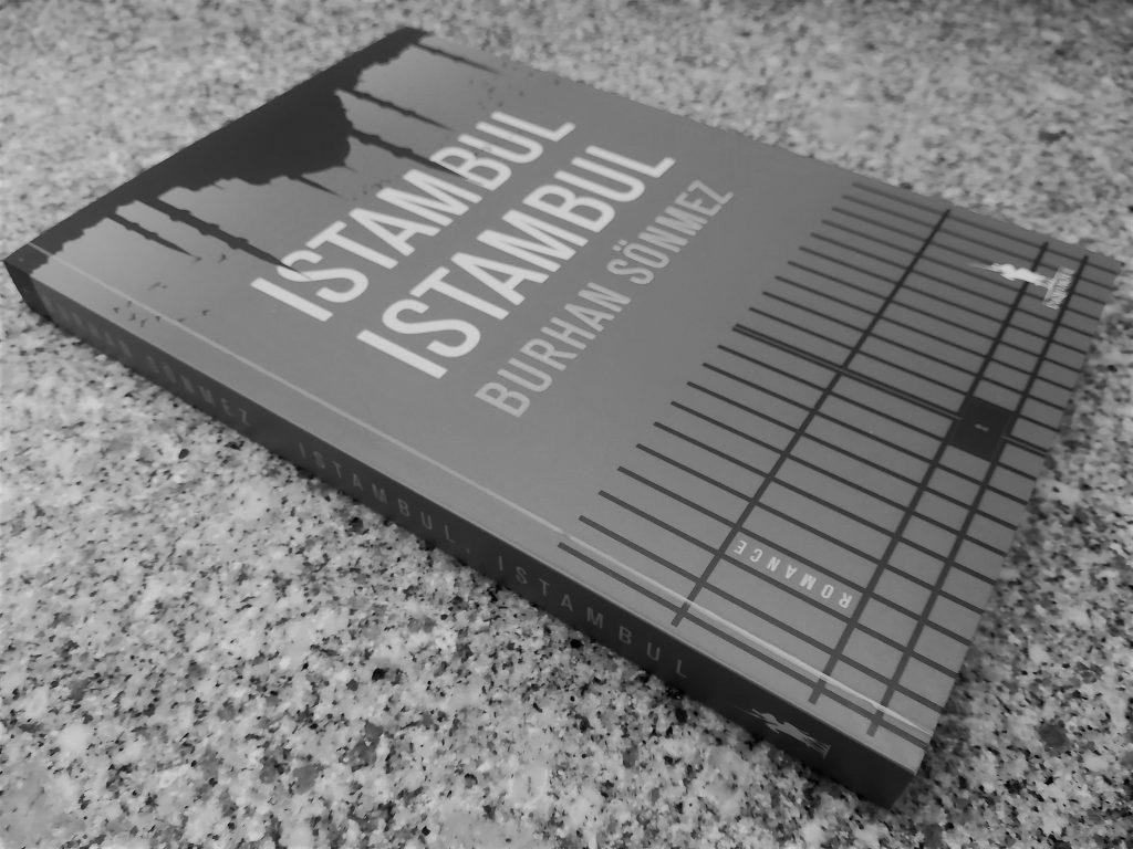 Recensão do livro Istambul Istambul, escrito pelo autor turco-curdo Burhan Sönmez e editado com a chancela da Dom Quixote em 2019 | INTRO