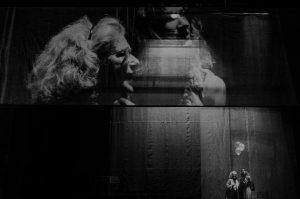 Crítica da peça Turismo, escrita e encenada por Tiago Correia, em estreia absoluta no Teatro Municipal do Porto - Campo Alegre no dia 31/1/2020 | INTRO