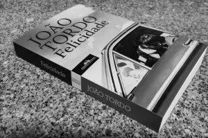 Recensão do livro Felicidade, escrito pelo autor português João Tordo e publicado em 2020 com a chancela Companhia das Letras | INTRO
