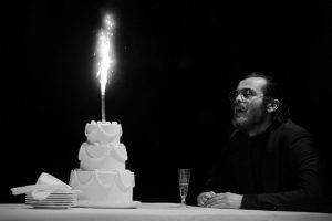 Crítica do díptico Sócrates Tem de Morrer/A Vida de John Smith, exibido no Teatro Municipal S. Luiz a 6 de Dezembro de 2018 | INTRO