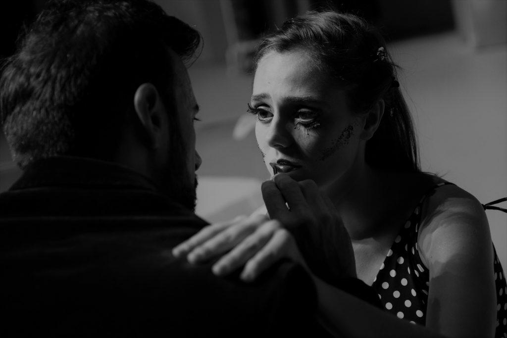 Crítica da peça A Doença da Juventude, de Ferdinand Brukner, na versão de Marta Dias, apresentada no Teatro Nacional D. Maria II a 28/12/2019 | INTRO